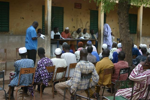 Segou meeting with comite de gestion scolaire[1]